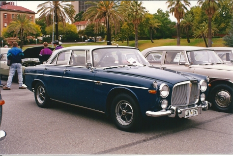 DSC_0015 1969 Rover 3.5 Litre Coupe Torrens Parade Ground Adelaide SA 11-4-1998