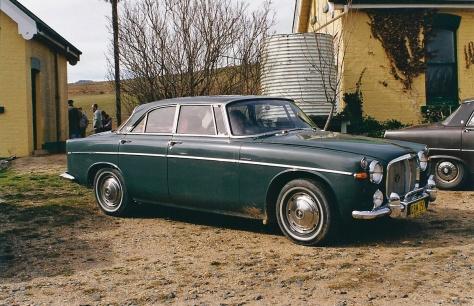 DSC_0016 1966 Rover 3 Litre Mk3 Coupe Peter Davies Michelago 2-8-1998