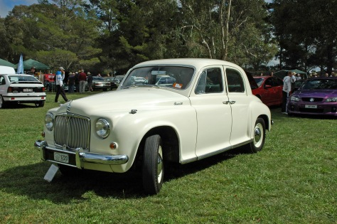 DSC_0046 1954 Rover 90 Adrian Puzey Canberra 25-3-2012