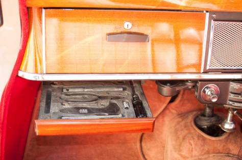 DSC_0379 1958 Rover 105S Tool Tray 29-7-2017