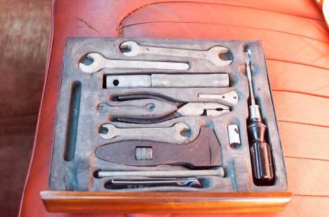 DSC_0380 1958 Rover 105S Tool Tray 29-7-2017